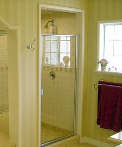 River Forest framed glass shower door