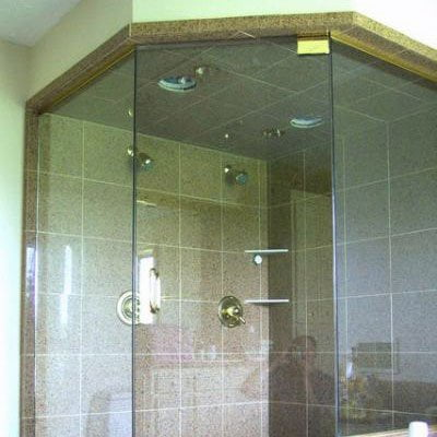 Neo-angle Glass Shower Doors